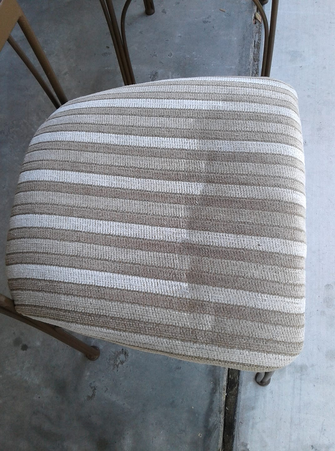 before and after upholstery cleaning in the san diego area